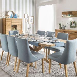 """Stół z kolekcji """"Velle"""" (Szynaka Meble) rozkłada się do ponad dwóch metrów szerokości. Fot. Szynaka Meble"""