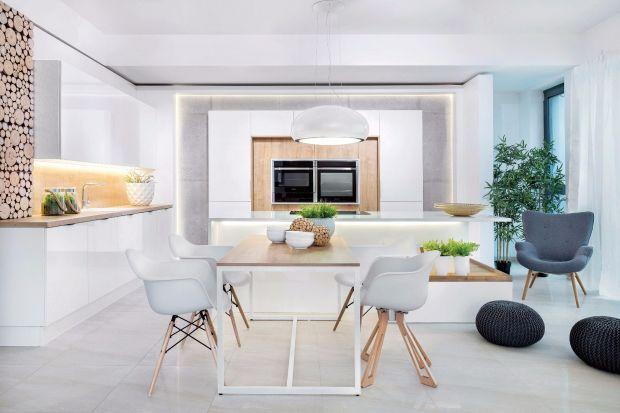 Nowoczesny styl łączy w sobie funkcjonalność i prostotę. Doskonale sprawdza się w przestrzeni kuchni, gdzie obie te cechy są bardzo pożądane.
