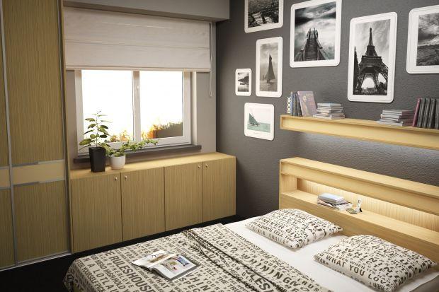 Im mniejsza powierzchnia sypialni, tym bardziej starannie musimy zaplanować jej aranżację. Ważne jest to, aby jak najlepiej wykorzystać każdy skrawek przestrzeni, bez szkody dla funkcjonalności i estetyki wnętrza.