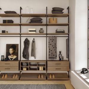 Nowoczesny design i wysoka jakość materiałów to cechy charakterystyczne garderoby Uno. Fot. Raumplus