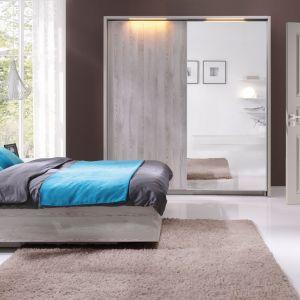 Sypialnia Moment ożywi wnętrze dzięki turkusowym elementom tj. zagłówek łóżka. Fot. Wajnert Meble