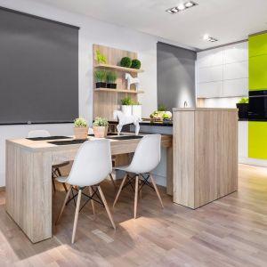Kuchnia oddzielona półwyspem. Fot. Studio Max kuchnie/Vigo