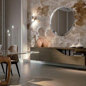 Stół z blatem ze szkła Murano.. Fot. Reflex/Galeria Heban