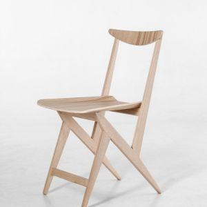 Krzesło Kowalskiego z oferty Nowymodel.org. Projekt: B. i C. Kowalscy. Fot. Nowymodel.org
