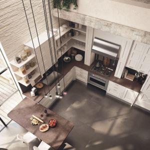 Kuchnia z otwartymi półkami. Fot. Marchi