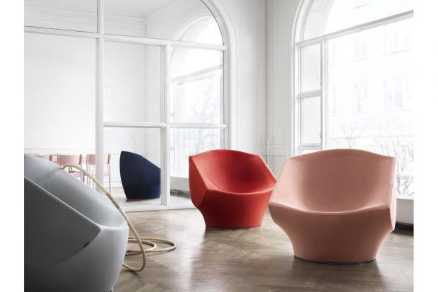 Designerski fotel, którego autorem jest znany projektant Karim Rashid.