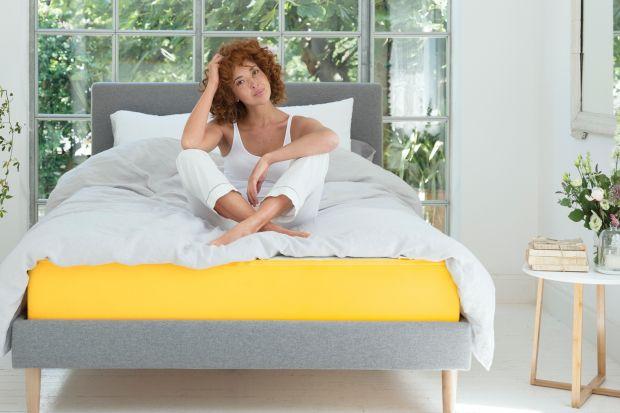 Nowe łóżko na rynku meblowym, które zachwyca formą i zapewnia dużą wygodę.