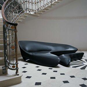 """Sofa """"Moon system"""" firmy B&B Italia. Projekt: Zaha Hadid. Fot. B&B Italia"""