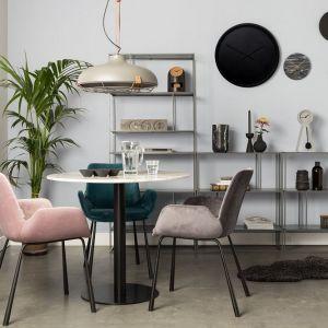 Krzesła marki Zuiver. Fot. Dutchhouse