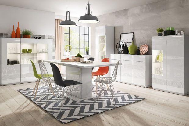 Białe meble w salonie i jadalni - zobacz, jak pięknie mogą wyglądać!