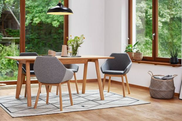 Historia krzesła zaczęła się prawie 4 tys. lat temu na greckiej wyspie Krecie. Obecnie jest to jeden z najważniejszych elementów wyposażenia domu.