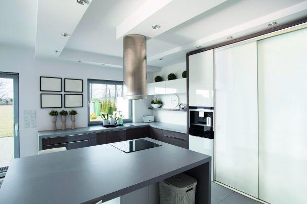 Szafy przesuwne w kuchni - wygodny sposób na przechowywanie