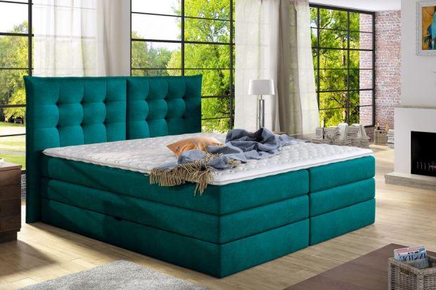 Łóżka z wezgłowiem zdobionym pikowaniami przywodzą na myśl wysmakowany gust i klimat pełen luksus. Choć zwykle kojarzone są ze stylem retro lub glamour, można je spotkać również w meblach na wskroś nowoczesnych. Prezentujemy najciekawsze ł�