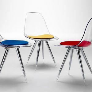 """Krzesła """"Angel Side"""" firmy Kubikoff. Fot. Kubikoff"""