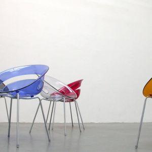 """Krzesła z kolekcji """"Tina"""" firmy Softline. Projekt: Arik Levy. Fot. Softline"""