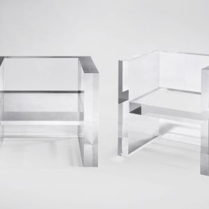 "Krzesła ""The Invisibles"" firmy Kartell. Projekt: Tokujin Yoshioka. Fot. Kartell"