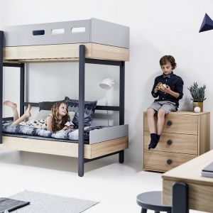 Pokój dziecka musi być nie tylko funkcjonalny, ale też dopasowany do zmieniających się potrzeb jego użytkownika. Fot. Flexa