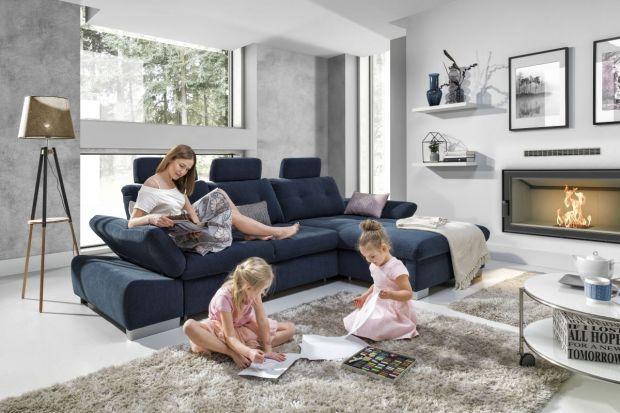 Sofy z regulowanymi bokami - nowoczesny design w salonie