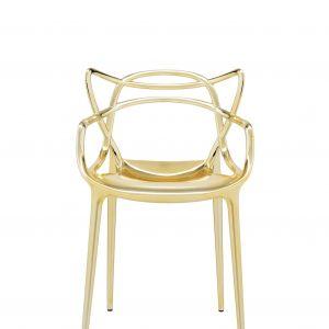 """Krzesło """"Masters"""" firmy Kartell. Projekt: Philippe Starck. Fot. Kartell"""