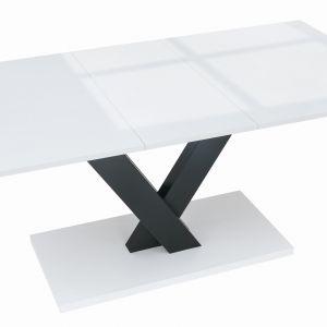 Stół rozkładany Valerian. Fot. BRW