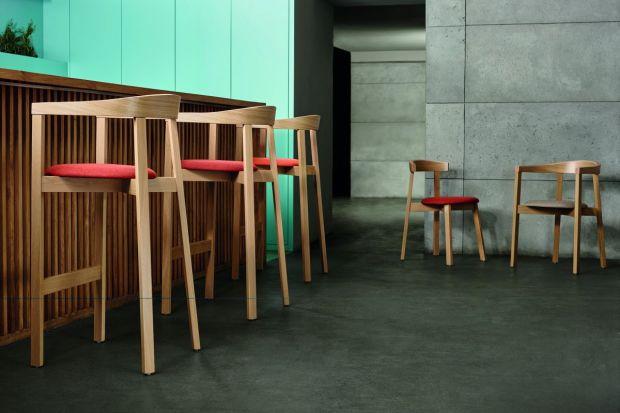 Stylowy minibar w domu? Czemu nie! Jeżeli tylko dysponujemy odpowiednią przestrzenią, wartowygospodarować miejsce na ten cel. Prezentujemy designerskie stołki, dzięki którym nasz domowy bar będzie wyjątkowy.