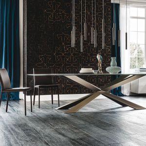 Stół na krzyżakach, marki Cattelan Italia. Fot. Cattelan Italia