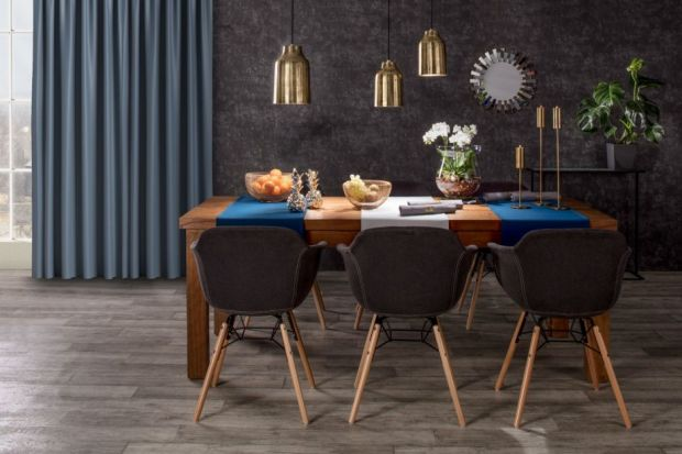 Dobrze dobrane i wykonane z wysokiej jakości materiałów krzesło może nie tylko uchronić nas przed dolegliwościami, ale też sprawić, że biesiadowanie przy stole stanie się dużo przyjemniejsze. Ekspert marki Rosanero podpowiada, na jakie kwestie