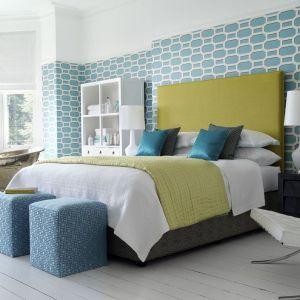 Wiosna to dobry moment, żeby do sypialni wprowadzić więcej kolorów. Fot. Hypnos Beds