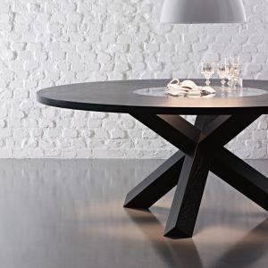 "Stół ""Pantheon"" firmy Cassina. Projekt: Mario Bellini. Fot. Cassina"