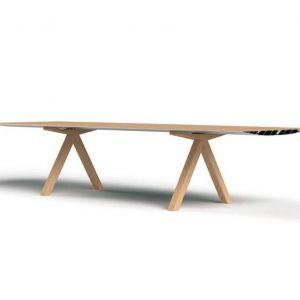 "Stół ""B"" firmy BD Barcelona. Projekt: Konstantin Grcic. Fot. BD Barcelona"