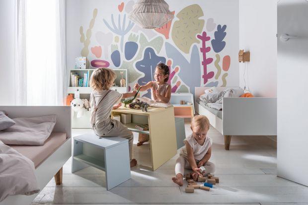"""Meble z kolekcji """"Tuli"""" zostały zaprojektowane tak, aby bezpiecznie i komfortowo służyćdzieciom w domu i dać im niezbędną swobodę działania. Poprzez swoją wielofunkcyjność wzmacniają kreatywność i samodzielność najmłodszych o"""