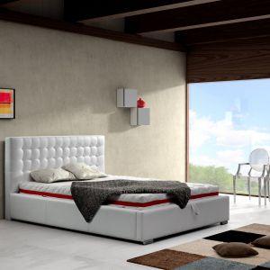 """Łóżko tapicerowane """"Alice"""" marki Comforteo. Fot. Comforteo"""