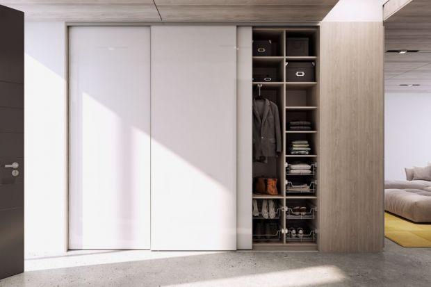 Przedpokój to pierwsze pomieszczenie, które widzi się po przekroczeniu progu domu. Dlatego tak ważne jest, aby przestrzeń ta została zaaranżowana funkcjonalnie, estetycznie i z pomysłem.