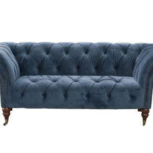 Sofa Chesterfield Glamour Velvet Midnight. Fot. Dekoria.pl