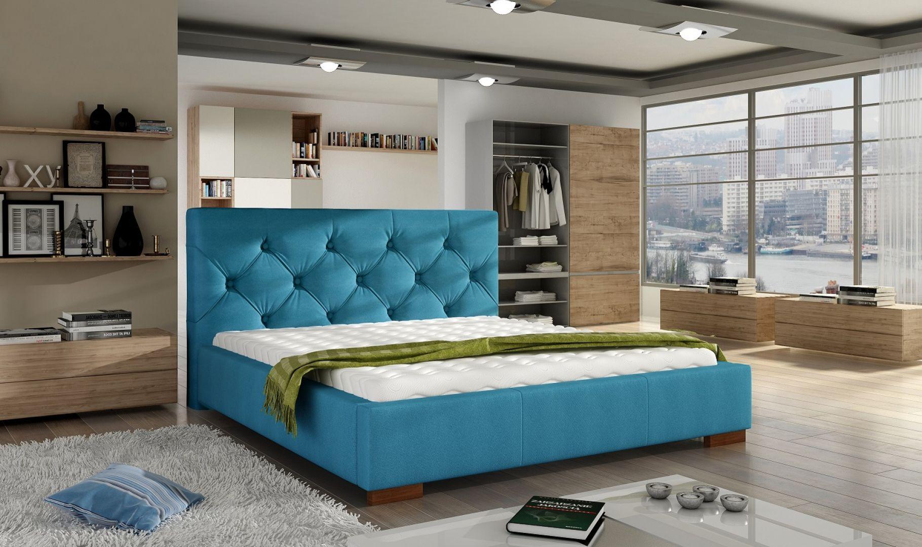 Łóżko tapicerowane Elektra z pikowanym wezgłowiem. Fot. Comforteo