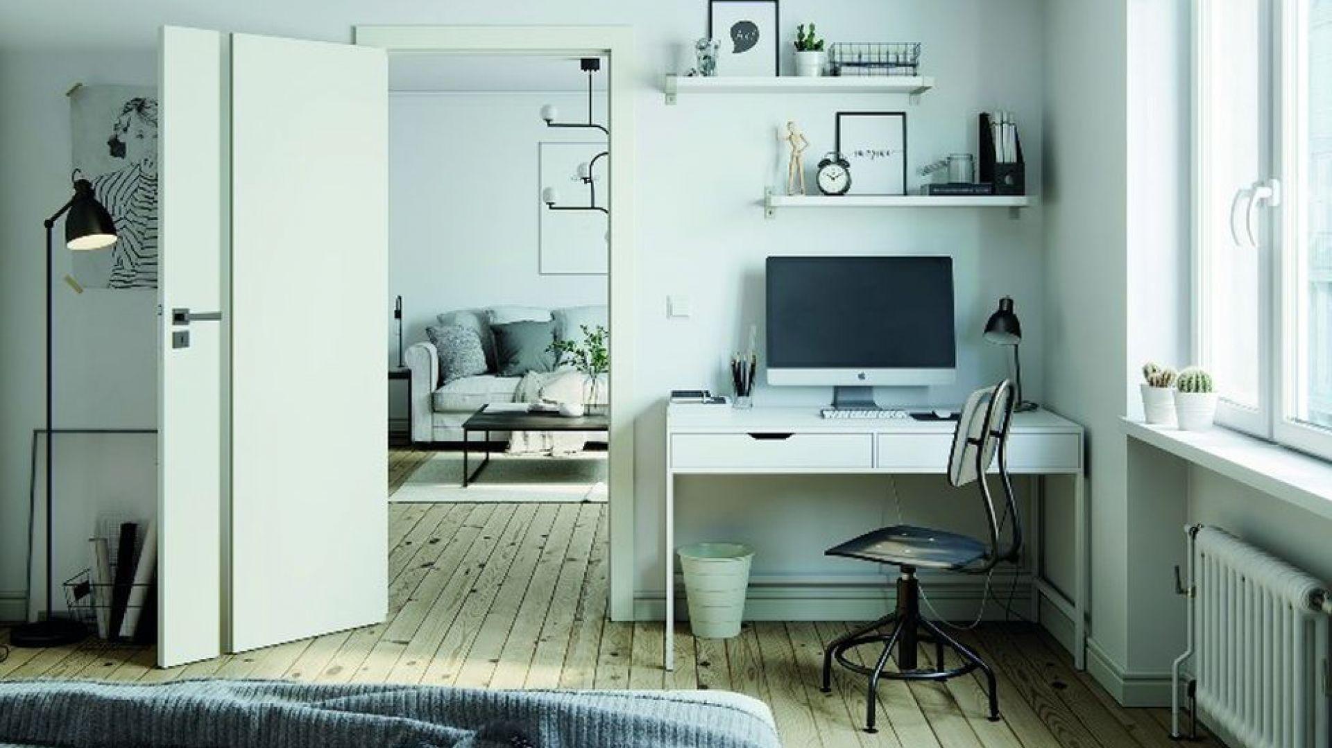 Warto zadbać o to, by miejsce do pracy harmonizowało kolorystycznie z całym pomieszczeniem. Fot. Porta