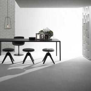 Stół Tense. Fot. MDF Italia/ROOMSdesign