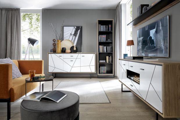 """Kolekcja """"Brolo"""" do pokoju dziennego i jadalni to propozycja dla osób poszukujących w meblach nietuzinkowych form. Jej cechą charakterystyczną są czarne frezowania na frontach mebli, które tworzą modną geometryczną dekorację."""