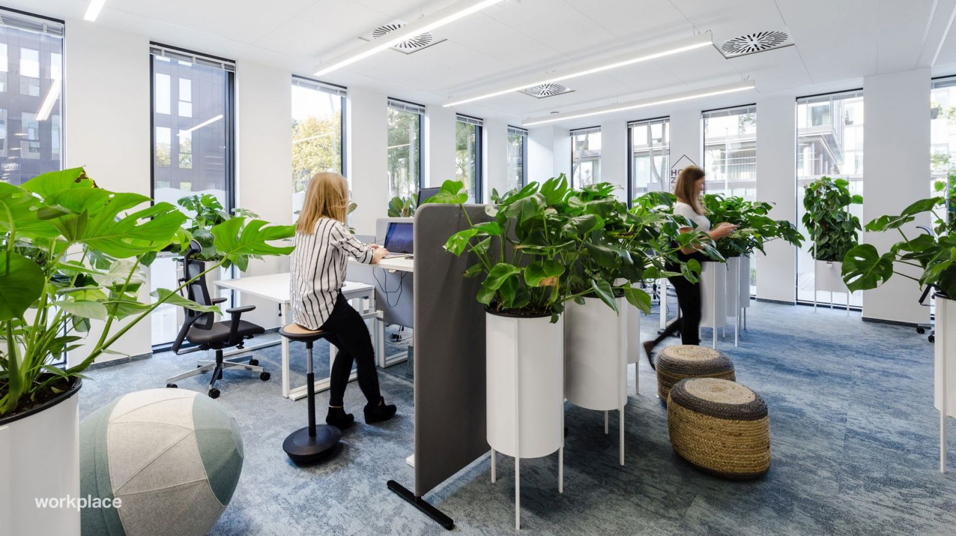 Biuro firmy Nordea. Fot. Workplace Solutionsmat. pras. Workplace SolutionsWE_Nordea_Greenest_3.jpg
