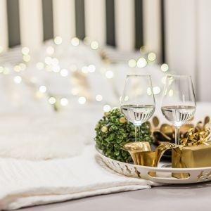 Sypialnia ze świątecznymi akcentami. Fot. Pracownia Kodo