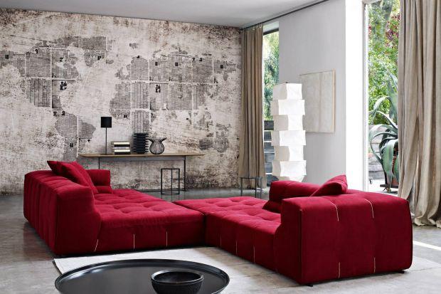 Burgundowe sofy - salon w kolorze wina
