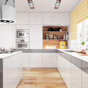 Kuchnia z frontami na wysoki połysk. Fot. Hubertus Design