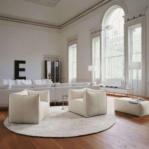 Salon w bieli. Fot. B&B Italia