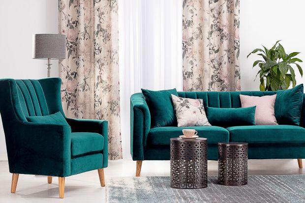 Aksamit w salonie - sposób na komfortowe wnętrze