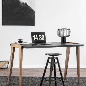 "Biurko ""Magnetic Silver"" marki Infinity Wood  (dystrybucja: Good Inside).  Fot. Infinity Wood"