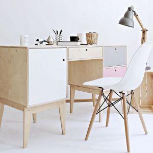 Biurko Fuss marki Wood Republic (dystrybucja: Good Inside). Fot. Wood Republic