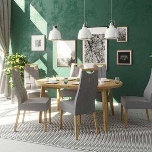 Krzesła z serii Arco. Fot. Paged