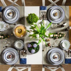Do aranżacji stołu wielkanocnego warto wprowadzić trochę żywszych kolorów. Fot. Salony Agata