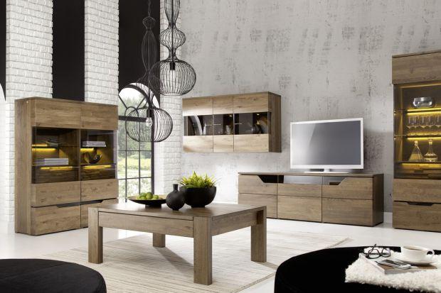 Drewniane meble nadają wnętrzom niepowtarzalny klimat. Z jednej strony kojarzą się z naturą, z drugiej zaś z elegancją i szykiem.