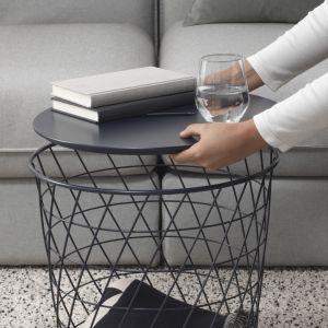 Stolik Kvistbro z koszem do przechowywania. Fot. IKEA